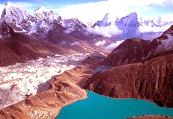 Gokyo Kalapathar Trek via Chola Pass
